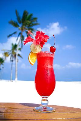 鸡尾酒,精神振作,红色,台克利,樱桃红色,垂直画幅,天空,沙子,沙滩派对,樱桃