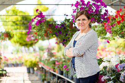 花卉商,土耳其人,植物苗圃,农业建筑,业主,服务业职位,仅成年人,植物学,清新,50到59岁