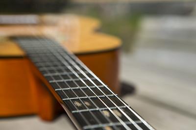 古典吉他,原音乐,图像聚焦技术,选择对焦,弦乐器,水平画幅,无人,古老的,音乐风格,户外
