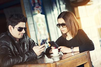 异性恋,智能手机,餐馆,商店,青年人,咖啡店,智慧,眼镜,现代