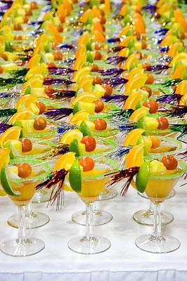 鸡尾酒,水果装饰,开胃酒,垂直画幅,无人,含酒精饮料,饮料,特写,橙子,前景聚焦