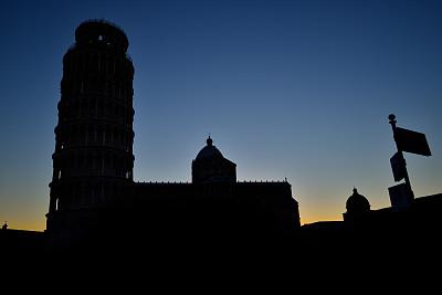 比萨斜塔,夜晚,比萨,罗马式,纪念碑,天空,公园,水平画幅,无人,古老的