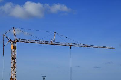 起重机,建筑业,黄色,塔,低视角,天空,吊钩,悬臂,水平画幅,建筑工地