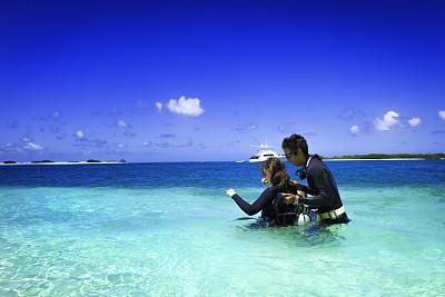 岛,鸡尾酒,绿松石,水肺潜水,水中呼吸器,水,休闲活动,水下,夏天,异国情调