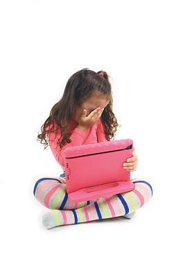 儿童,安全的,垂直画幅,技术,2015年,拿着,互联网,摄影