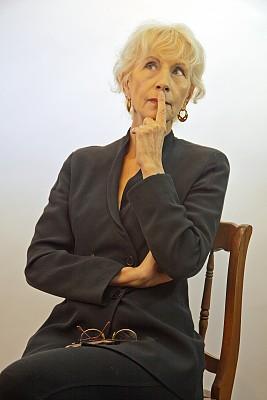 成年的,老年人,女性,问题,绿色眼睛,垂直画幅,美,艺术模特,美人,白人