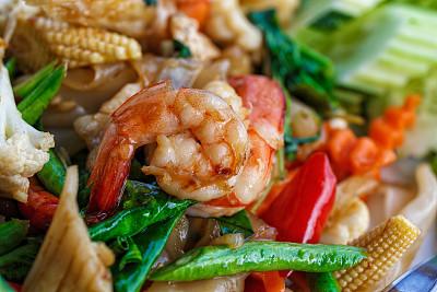 海产,蔬菜,酱汁,咕噜菜,油菜,羽衣甘蓝,葱,胡椒,明虾,生姜