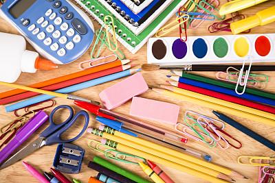 书桌,学校用品,重返校园,螺旋记事本,水平画幅,高视角,无人,组物体,大量物体,计算器