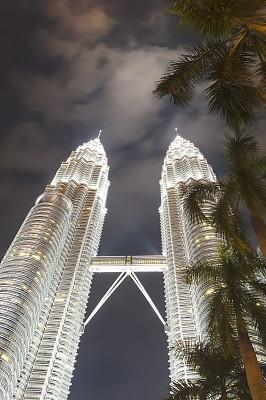 双峰塔,夜晚,吉隆坡,垂直画幅,办公室,留白,树袋熊,户外,马来西亚,阶调图片