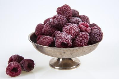 银色,葡萄酒杯,覆盆子,冻结的,草莓冰糕,易腐,寒冷,温度,水平画幅,水果