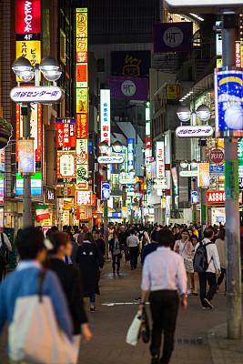 夜晚,东京,群众,电视墙,垂直画幅,留白,未来,陆用车,户外,都市风景