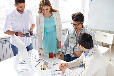 建筑师,设计室,男商人,文档,男性,仅成年人,青年人,专业人员,技术,设计师