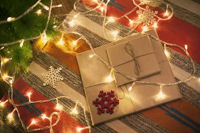 礼物,圣诞包装纸,牛皮纸,选择对焦,水平画幅,无人,新年,圣诞树,线绳