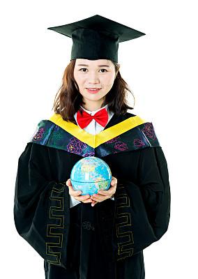 地球形,手,学位帽,垂直画幅,正面视角,留白,半身像,责任,仅成年人,球体