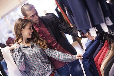购物中心,女孩,男孩,都市型男,人造模特,青少年,t恤,男性,现代,青年人