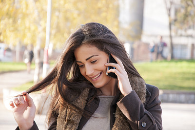 女人,美,水平画幅,电话机,美人,纯净,青年人,看,商业金融和工业,纯洁