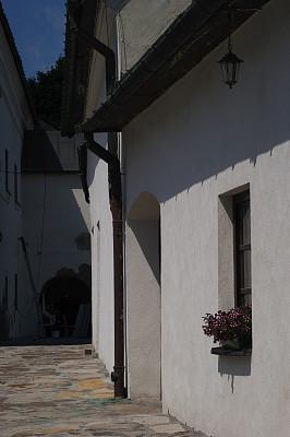 古老的,river mur,屋檐,垂直画幅,天空,墙,木材,石材,屋顶,拱壁