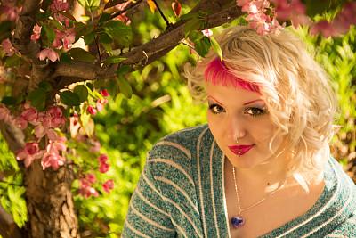 海棠,金色头发,春天,园林,野苹果树,粉色头发,穿洞的,苹果花,正面视角,彩妆