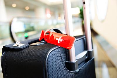 行李,行李标签,手提箱,标签,电动扶梯,留白,水平画幅,无人,旅行者,交通方式