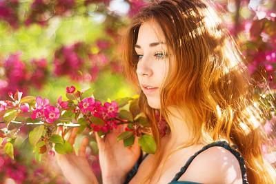 海棠,自然美,少女,枝,仅一个少女,苹果花,16岁到17岁,仅少女,青少年,彩妆