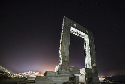 大门,阿波罗神庙,阿波罗号航天计划,拿索斯,太阳神阿波罗,水平画幅,夜晚,无人,夏天,过去