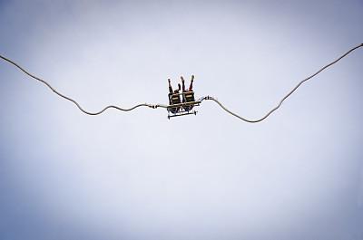 蹦极,双胞胎,弹力绳,天空,水平画幅,户外,音乐节,弹性,非凡的,高处