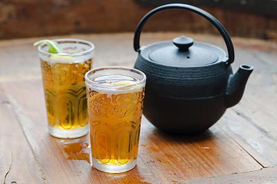 柠檬,冰桶,冰茶,茶树,清新,休闲活动,水平画幅,无人,硬木地板,饮料