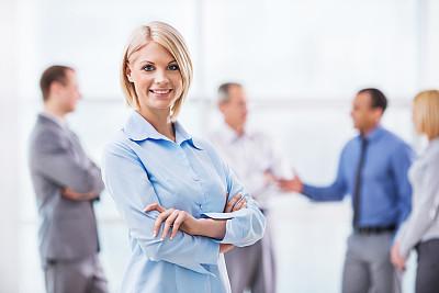 女商人,水平画幅,注视镜头,白人,仅成年人,白领,青年人,专业人员,信心,成年的