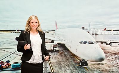 女商人,机场,美,通勤者,半身像,水平画幅,美人,交通方式,白人,仅成年人