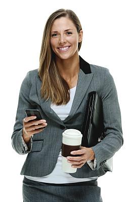 女商人,快乐,拿着,咖啡杯,手机,彩色运动茄克,垂直画幅,正面视角,半身像,注视镜头