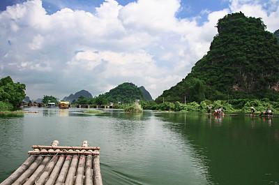 遇龙河,桂林,木筏,漓江,丽江,阳朔,喀斯特,邮轮,水,留白