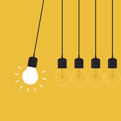 概念,牛顿碰撞球,黄色背景,扁平化设计,永恒运动,sir isaac newton,电灯泡,脑风暴,个性,想法