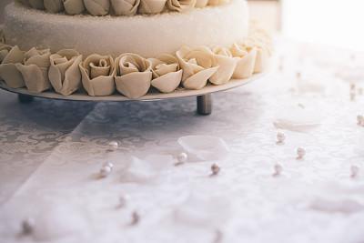 结婚蛋糕,多层蛋糕,珍珠首饰,美,水平画幅,无人,奶油,蛋糕,烘焙糕点,玫瑰