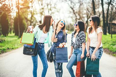 女孩,美,休闲活动,水平画幅,美人,人群,夏天,周末活动,户外,现代