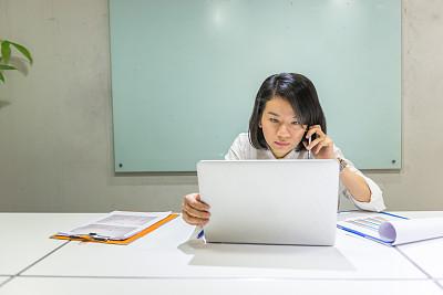 商务,职业,图表,青年人,高视角,电子邮件,忙碌,经理,仅成年人,现代