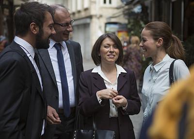 伊斯坦布尔,土耳其,商务人士,保险代理人,穿衣服,水平画幅,职权,会议,人群,东亚