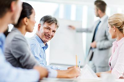 男商人,中老年人,会议,五个人,办公室,水平画幅,注视镜头,人群,工作年长者,商务会议