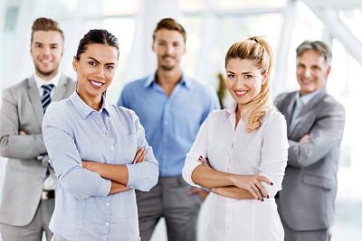 商务,幸福,团队,五个人,水平画幅,注视镜头,人群,白人,中等数量人群,男商人