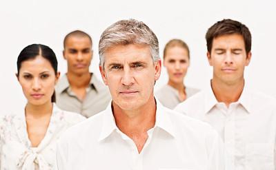 人群,男商人,中老年人,后背,办公室,水平画幅,美人,古老的,白人,经理