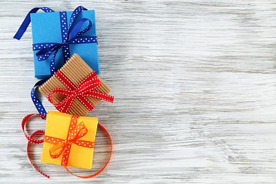 礼物,留白,边框,水平画幅,木制,无人,蓝色,蝴蝶结,生日,红色