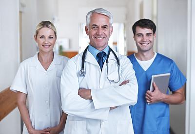 贡献,混合年龄,电子邮件,男性,仅成年人,青年人,医药职业,专业人员,技术,触控板