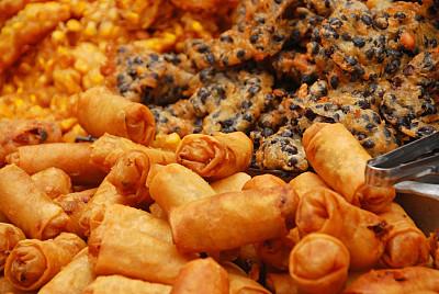 春卷,烹调食品,泰国人,并排,炸制食物,主食,水平画幅,无人,小吃,塞满了的