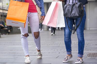 户外,礼品袋,纸袋,四肢,顾客,腿,商店,仅成年人,青年人,冬天