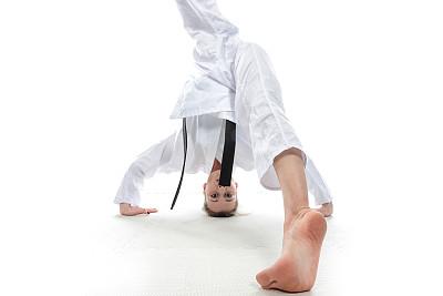 头顶,黑带,跆拳道,武术,女人,水平画幅,上下颠倒,空手道,成年的,生活方式