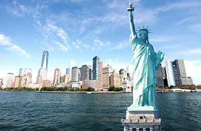 自由女神像,纽约,城市天际线,世贸中心,巴特里公园,纪念碑,水,天空,美国国庆日,夏天