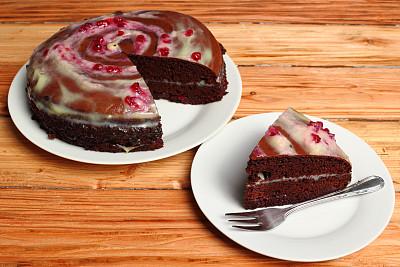 奶油,巧克力,夹心蛋糕,醋栗果酱,红辣椒,牛奶冻,炼乳,多层蛋糕,德国大蛋糕,海绵蛋糕