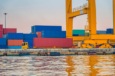 货船,海港,货物集装箱,亚洲,船烟囱,客船,水平画幅,工业船,夜晚,无人