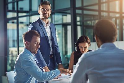 领导能力,储蓄,团队,螺旋记事本,男商人,文档,经理,男性,仅成年人,镜头眩光