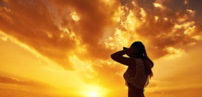 无忧无虑,非凡的,天空,四肢,水平画幅,曙暮光,健康,夏天,户外,活力