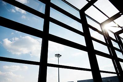 玻璃,建筑,窗框,办公室,天空,水平画幅,墙,无人,云景,特写